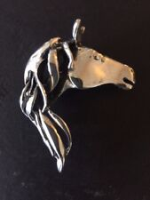 Horse pendant or pin 2 inches