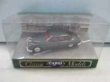Classic Corgi Model Jaguar Mk II Saloon D700 1:43