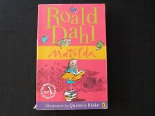 MATILDA BY ROALD DAHL - ISBN 9780141322667