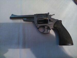 Vintage Gibie Die-cast Metal  Cowboy Toy Cap Gun In holster with caps