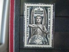Timbres français : année 1954 YT n° 998 ** conf internationale poids et mesures