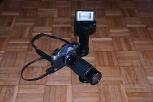 Braun 370 BVC Professional Camera Photography Flash with Bracket  Vintage!