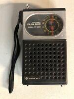 Sanyo Portable FM/AM RADIO model RP5050 Sanyo Electric