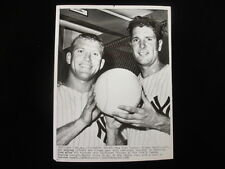 August 15 1960 Mickey Mantle & Art Ditmar NY Yankees Vintage 7x9 Wire Photo