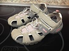 GREAT CONDITION TEVA Hiking Swimming water Sport Sandals $120+ Keen style shoe