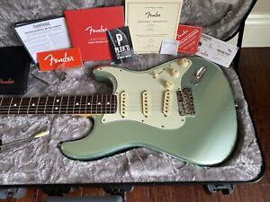 2020 Fender American Professional II Stratocaster Mystic Surf Green