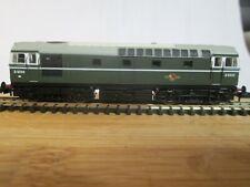 Dapol N gauge class 33/0 diesel locomotive in BR green