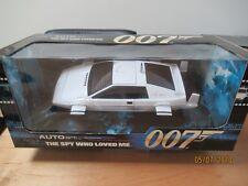 AUTOART 75306 LOTUS ESPRIT 1979 SUBMARINE 007 JAMES BOND 1:18 MINT & BOXED