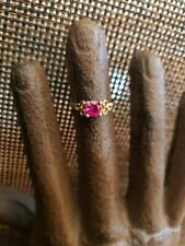 VINTAGE 10K YELLOW GOLD DARK PINK OR RED STONE CHILD'S RING SIZE 3 10K GOLD