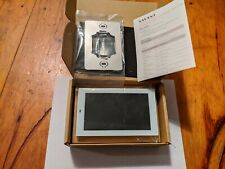 Savant touch screen 5.5 inch white