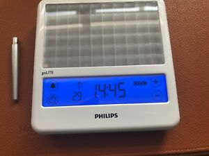 Philips goLITE Blue Energy Light HF3330 - Therapy / Clock / Alarm - Rechargeable