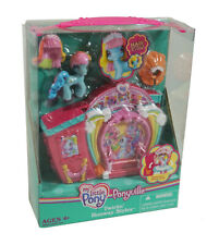 My Little Pony Ponyville Twirlin' Runway Styles with Rainbow Dash - Fashion Show