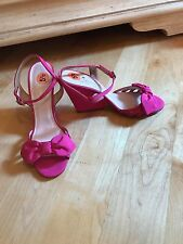 NEW KATE SPADE NEW YORK  OPEN TOE PINK SATIN SANDALS US 5.5