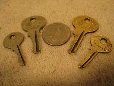 Vintage set of 4 Master lock Lion keys