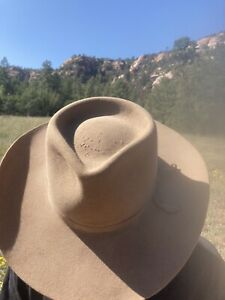 Vintage Akubra Snowy River Fur Felt Western Hat, Tan, Size 55 (6 7/8)