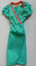 Vetements habits cloths Barbie Vintage  Poupee Doll Mattel 124