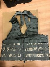 Us Army MOLLE II acu UCP flc Fighting Load Carrier Vest mercancía nueva + 2 grimloc