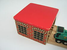 ENGINE SHED FOR WOODEN TRAIN TRACK SET - Red roof ( Brio Thomas )