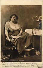 CPA Salon de 1904 R. BOUDIER - La plumeuse (217583)
