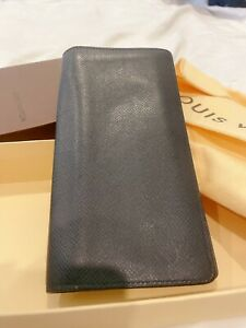 Authentic LOUIS VUITTON  M30541 Taiga Leather Black Men Long Wallet