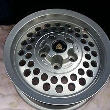 Jaguar XJS Pepperpot reacondionados & rueda de aleación de carretera recubierto.