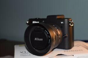 Nikon 1 V1 10.1MP  - Black - 10-30mm f/3.5-5.6 Lens + extras - Immaculate cond.