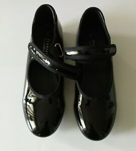 Freestyle By Danskin Company Tap Shoes Size 2  Girls Pre-Owned Excellent Cond.