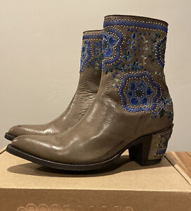 "NIB Sundance Catalog Old Gringo Gray Embroidered ""Bluebell Boots"" Size 7 $525"