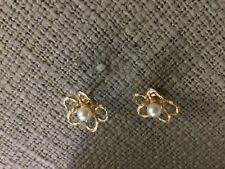 14k Yellow Gold Round Pearl earnings perfect