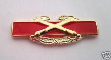 COMBAT ARTILLERY  BADGE Military Veteran US ARMY Hat Pin 16103  HO LP
