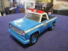 NYPD NYC New York Police Chevy Silverado Tow Truck Wrecker 1:43 O Scale K-Line