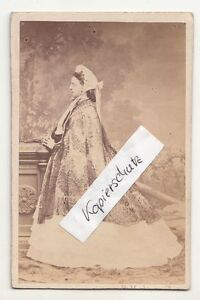 CDV Foto Lady Circa 1870 Nobile? Attrice? Personalità! Mathaus Monaco