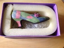 Miniature Shoes. Raine's Just The Right Shoe. Rose Court. In box, No papers