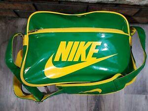 Vintage Nike Gym Training Duffel Travel Weekend Bag Backpack Green Bay Packers