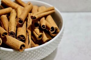Round Cassia Cinnamon Sticks Intense Flavor Perfect for Baking Culinary Use