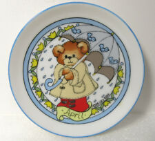 Lucy & Me Month of April Spring Miniature Mini Plate Wall Hanging 4""