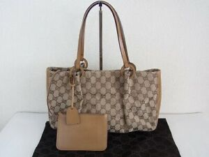 Auth SX12 GUCCI mint condition handbags with pouch from Japan