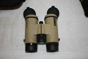 Meade 147001 10x32mm CanyonView ED Waterproof High Quality Binoculars