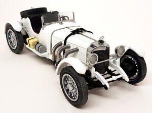 Danbury Mint 1/24 Scale - 1931 Mercedes Benz SSKL White Diecast Model Car