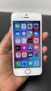 Apple iPhone 5s 16GB - White / Silver - Unlocked Phone