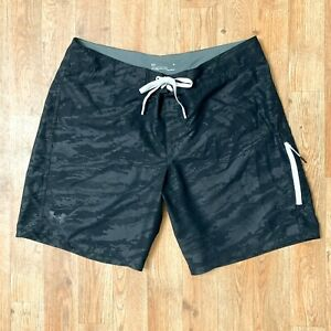 Under Armour Loose Heatgear Mens Black Board Shorts 1 Pkt Drawstring Meas Sz 38