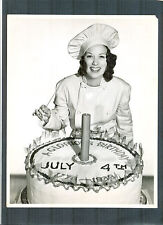 4TH OF JULY HOLIDAY CAKE WITH DYNAMITE - 1939 ELEANOR POWELL