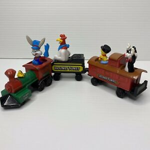 Looney Tunes Bugs Bunny & Friends Die Cast Toy Locomotive 1989 Collectable ERTL