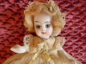 poupée ancienne gaultier