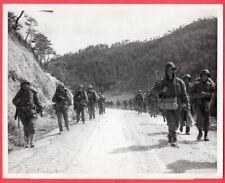 1950-53 Usmc 1st Marine Division Heading to Central Front Original News Photo