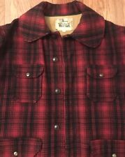 MENS VINTAGE WOOLRICH WOOL HUNTING COAT SIZE 46 L XL RED BLACK PLAID HEAVY