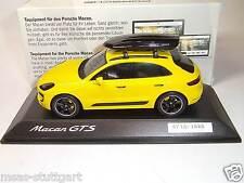 Porsche Macan GTS mit Tequipment Dachbox ltd. Edition Spark 1:43 fabrikneu