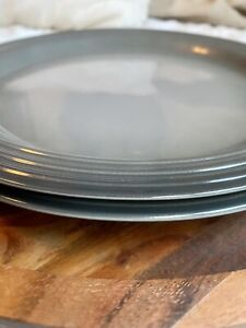 """Le Creuset Dinner Plate Set of 2 (Oyster/Gray) 10 5/8"""""""