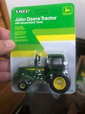 John Deere Tractor With Sound/Gard Body 1/64 #5516