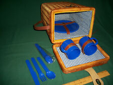 Shoulder Wicker Picnic Basket Set for Two – Cups, Plates, Placeware +rain poncho